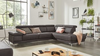 Ecksofa Interliving aus Stoff in Grau Interliving Sofa Serie 4252 – Eckkombination anthrazitfarbener Stoffbezug Büffel & Metallfüße – Stellfläche ca. 275 x 220 cm